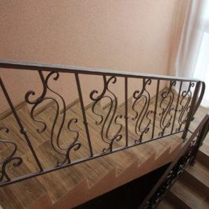 Кованые перила Кованые перила для деревянной лестницы Арт.  П-002 Norkovka